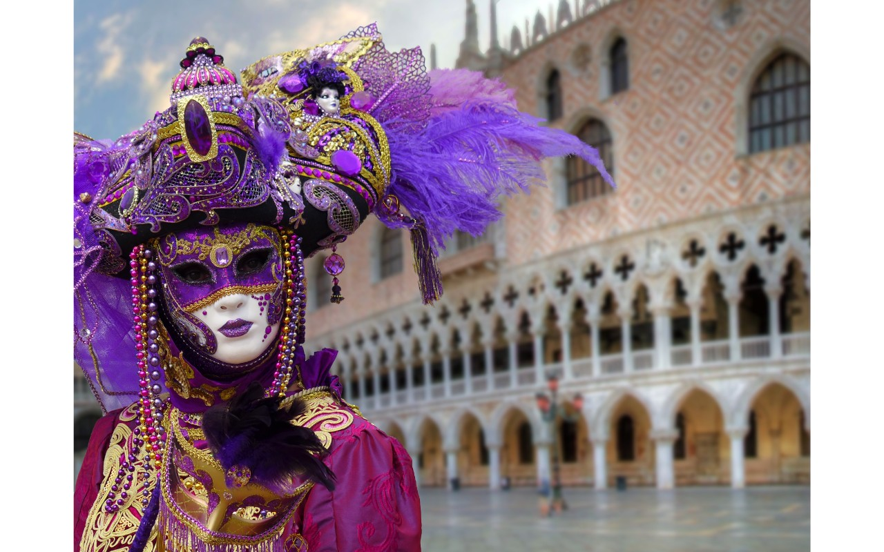 Venice Carnival – What to do & Where to store your luggage
