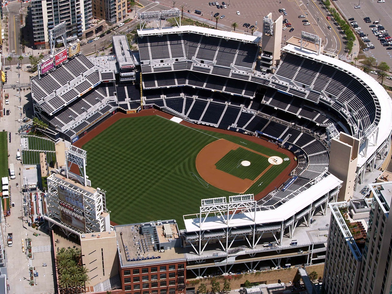 Petco Park Bag Policy and Luggage Storage Guide