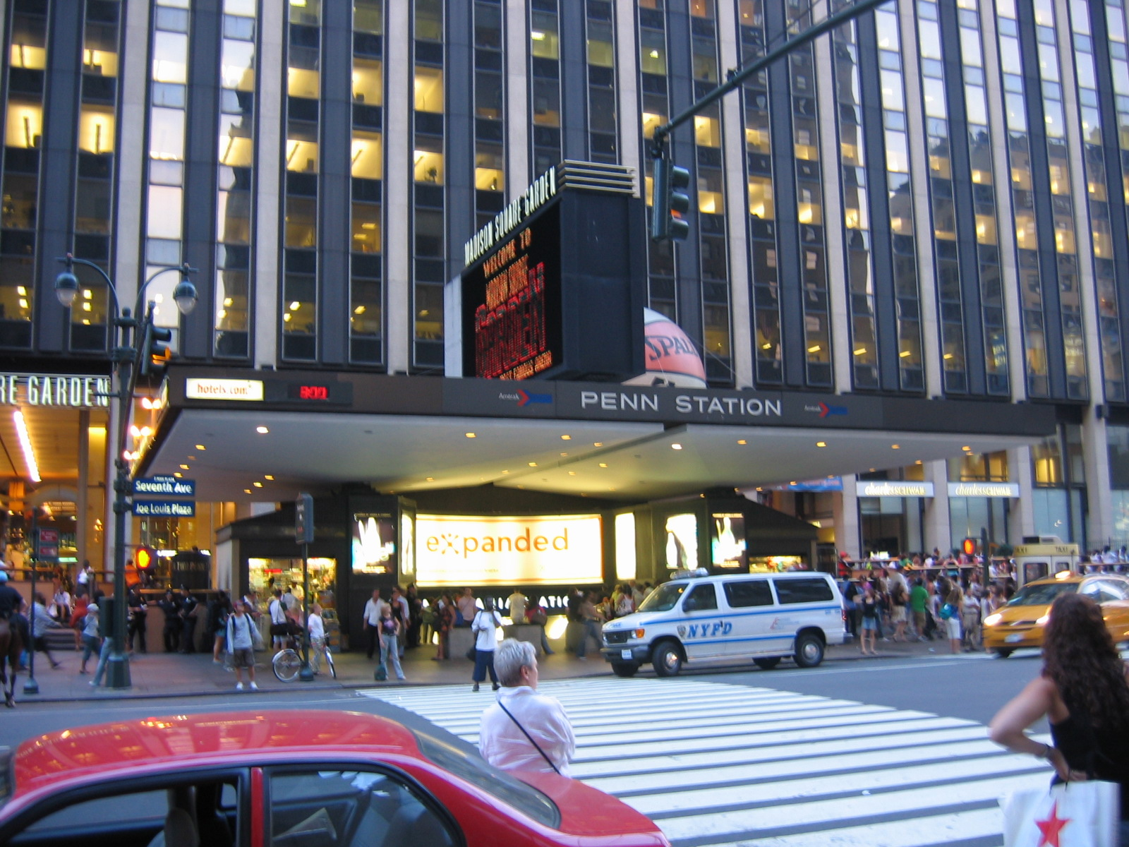 Explore New York: 8 Things to Do Near Penn Station
